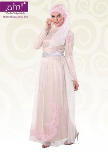 baju muslim pests Aini Bunda 032 Broken White