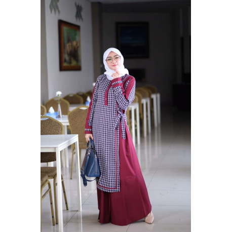 Humaira Dress Maroon